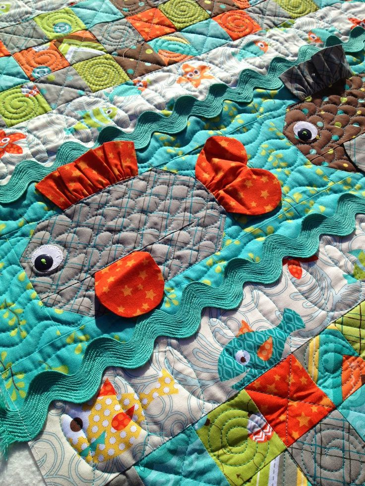 Machine Quilting l Lovely Threads l Molly Kohler l quilting around 3 dimensional accents