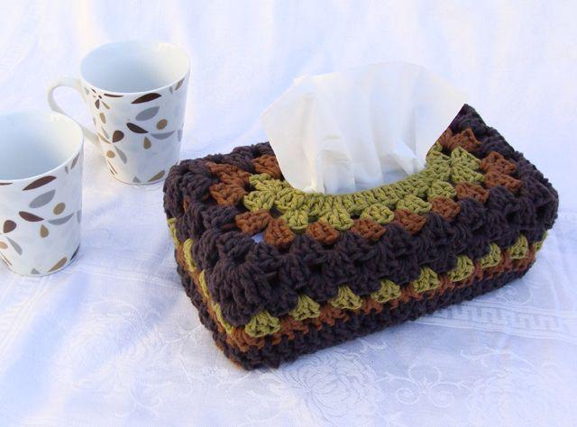 crochet tissue box cover