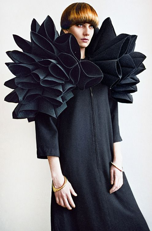 Sculptural Fashion - minimal dress with huge sculpted shoulder piece - 3D fabric manipulation; fashion as art // editorial for REVS Magazine
