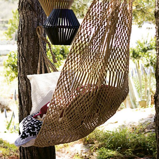 01_04.07.09_OutdoorSpaces.jpg: Cozy Hammocks, Backyard Ideas, New Houses, Decor Ideas, Gardens Hammocks, Heavens Hammocks, Outdoor Decor, Outdoor Spaces, Cozy Places