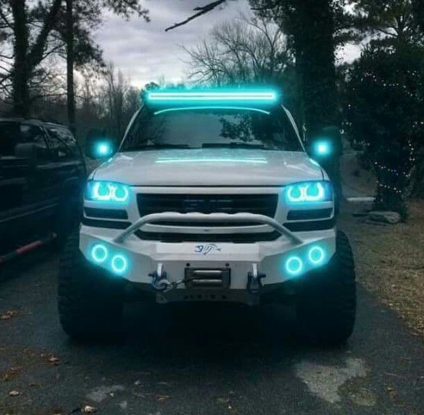 Jeep Jacked Up >> Teal lights, sweet! | Jeep Girl | Pinterest | Teal, Jeeps and Cars
