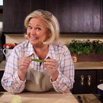 'Farmhouse Rules' celebrates 'Spring Kick-Off' on Food Network