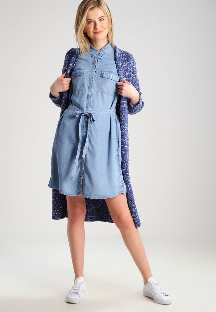 ¡Consigue este tipo de chaqueta de punto de Gap ahora! Haz clic para ver los detalles. Envíos gratis a toda España. GAP Chaqueta de punto navy space dye: GAP Chaqueta de punto navy space dye Ofertas   | Material exterior: 72% algodón, 28% nylon | Ofertas ¡Haz tu pedido   y disfruta de gastos de enví-o gratuitos! (chaqueta de punto, rebeca, rebecas, rebequitas, twin set, lana, wool-blend, tweed, knit, cárdigan, cardigan, strickjacke, chamarra tejida, veste au tricot, giacca lavorata a m...