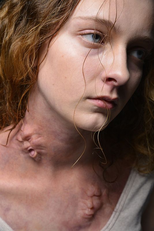 This is simply AWESOME.....Special Make-up Effects MUD FX 201 NY Artist Mary Kate Osick