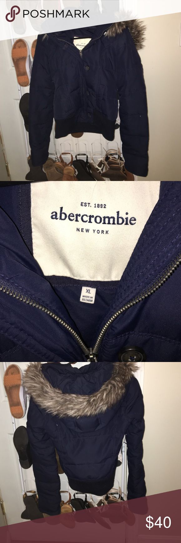 Abercrombie KIDS winter jacket Abercrombie kids xl which fits like an adult xs. Navy blue. Excellent condition only worn for one winter abercrombie kids Jackets & Coats Puffers