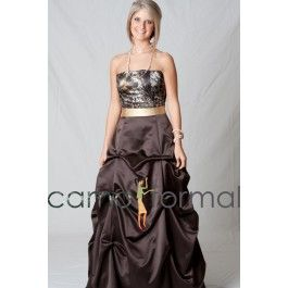 This camo formal can be worn as an informal wedding gown, prom or any other special occasion. Lots of accessories are available in Mossy Oak New Breakup camouflage.