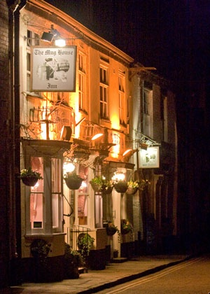 Old Pub at Bewdley, on River Severn at night