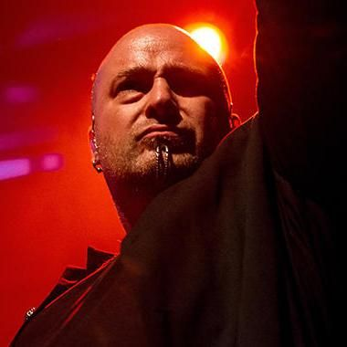 Music: Disturbed's David Draiman apologizes for calling out texting fan during concert