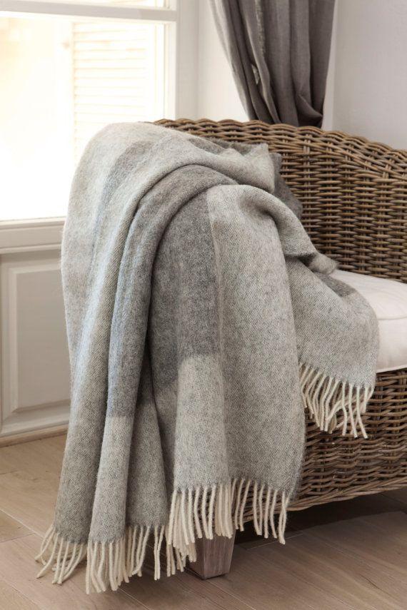 bedspread / wool bedspread / woolen bedspread / grey bedspread / king size bedspread / blanket / blankets 'Boteh 11'