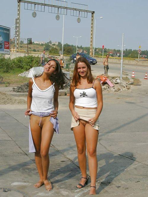 flashing girls Hot sports nude