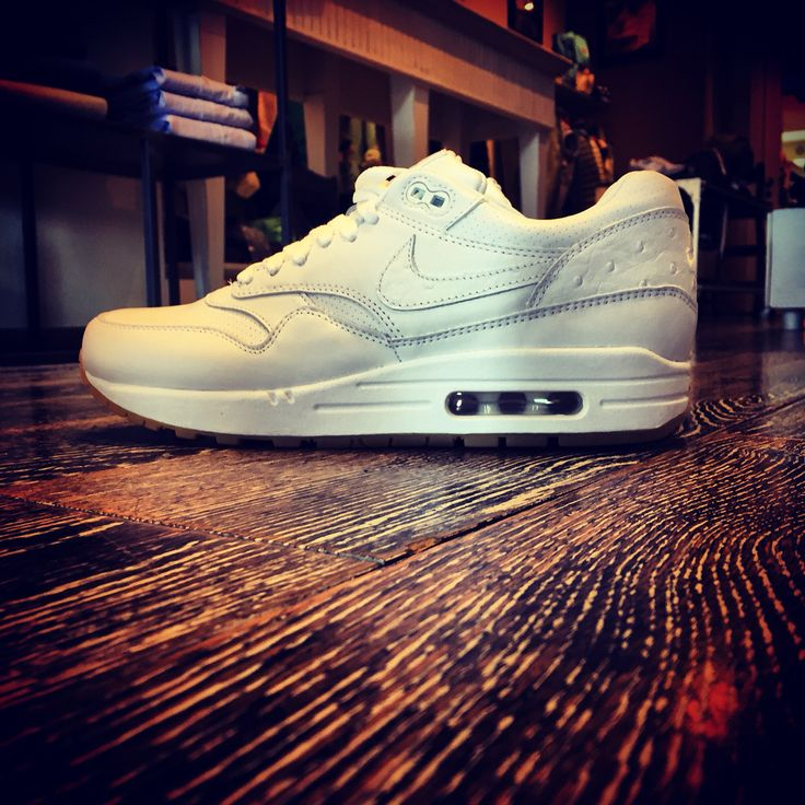 NIKE AIR MAX 1 LEATHER PA  Soon Online @ www.penelope47.com  #NewArrival @ #Penelope47 #Nike #AirMax1 #ThePenelopist #Swag #MenStyle #Sneakers #SneakerHead #SS15 #Cool #EnjoyTheStyle #LoveIt #SOTD #PhotoOfTheDay #MustHave