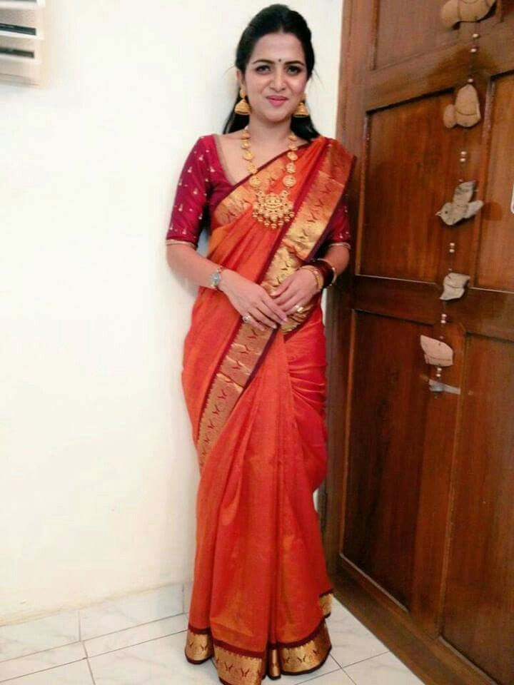 divyadarshini DD in silk saree