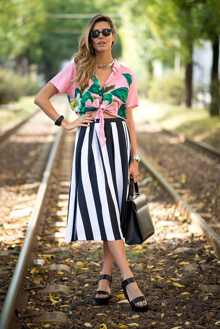 El street style se decora de coloridos y deslumbrantes prints para el verano.