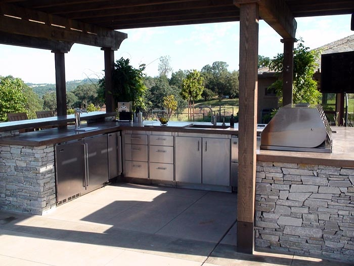 22 best outdoor kitchens images on pinterest outdoor for U shaped outdoor kitchen designs
