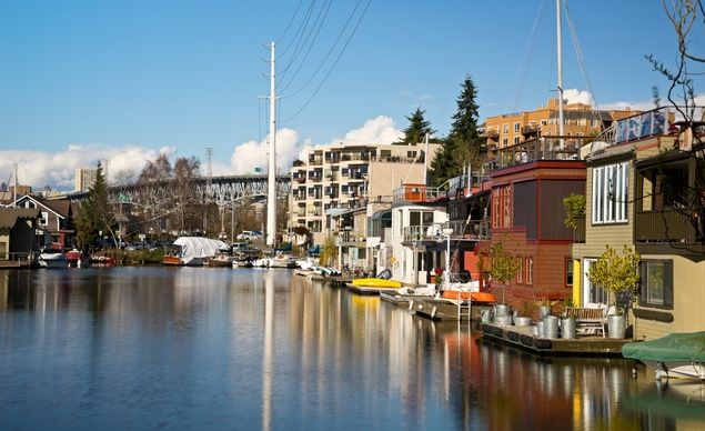 Seattle Houseboats On Lake Union late in the afternoon