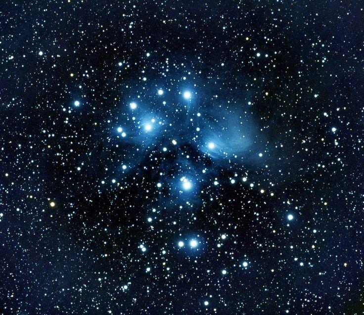 Neil Newby 5 oktober om 10:37   Pleiades, Seven Sisters, M45, Messier 45.  2hrs x 60sec Lights Darks, Flats, Bias WO ZS71 x0.8 Reducer/Flattener Canon 700D Skywatcher Star Adventurer