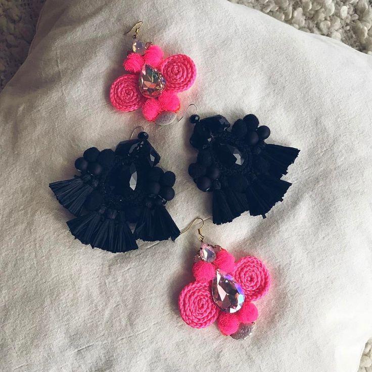 """Páči sa mi to: 25, komentáre: 7 – ArtJewelry by Kristína Jurinyi (@k.j.artjewelry) na Instagrame: """"Čierne už poznáte z aktuálnej SÚŤAŽE a teraz pribudli ešte crazy ružové 💗🦄 tiež z kolekcie """"HUGE""""…"""""""