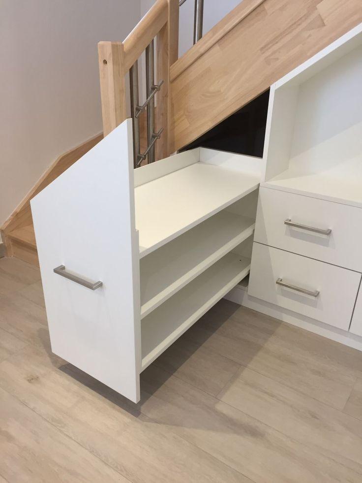 Aménagement sous escalier range chaussures coulissant et tiroirs   Aménagement sous escalier ...