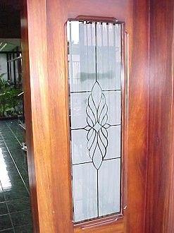 esmerilado puerta