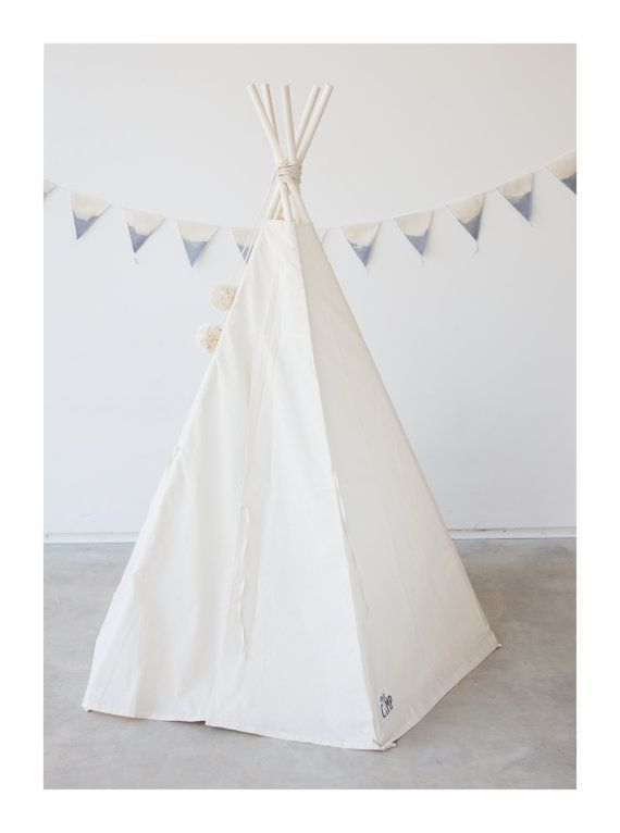 Tipi tent/ 5 pole childrens play tents 59ft height/ kids