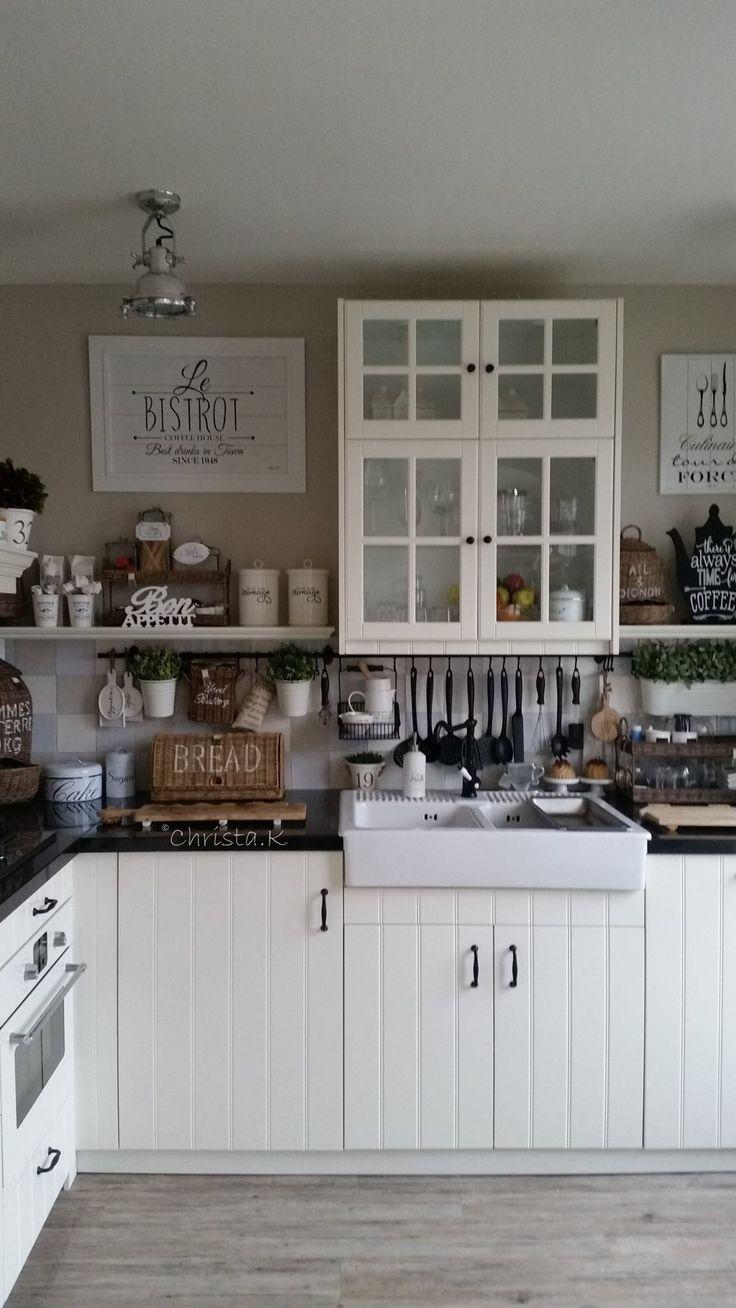 Meer dan 1000 idee n over kleine landelijke keukens op pinterest countrykeukens keukens en - Opruimen houten balk ...