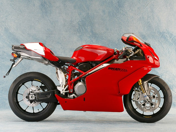 2004 Ducati 999R. (Click on photo for larger image.)