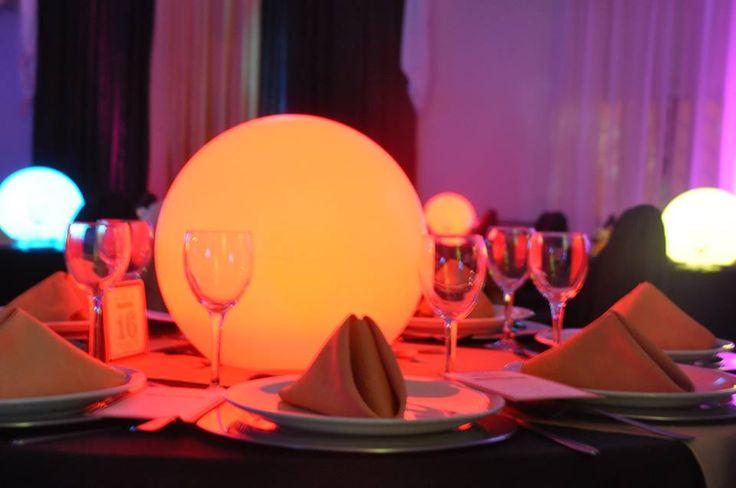 Centro de mesa esferas leds