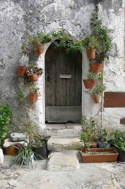 Door detail, Castelo de Vide, Marvão, Alentejo