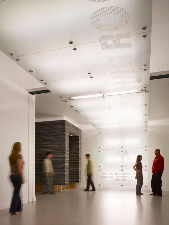Museum of Tolerance / Yazdani Studio of Cannon Design interior way-finding design