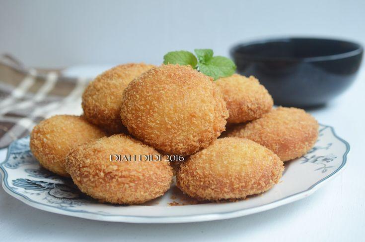 Diah Didi's Kitchen: Roti Goreng Kentang Isi Ayam