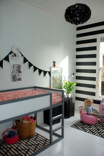 Ikea Kura: Kids Bedrooms, Stripes Wall, Black And White, Kura Beds, Boys Rooms, Bunk Bed, Ikea Kura Bed, Loft Beds, Kids Rooms