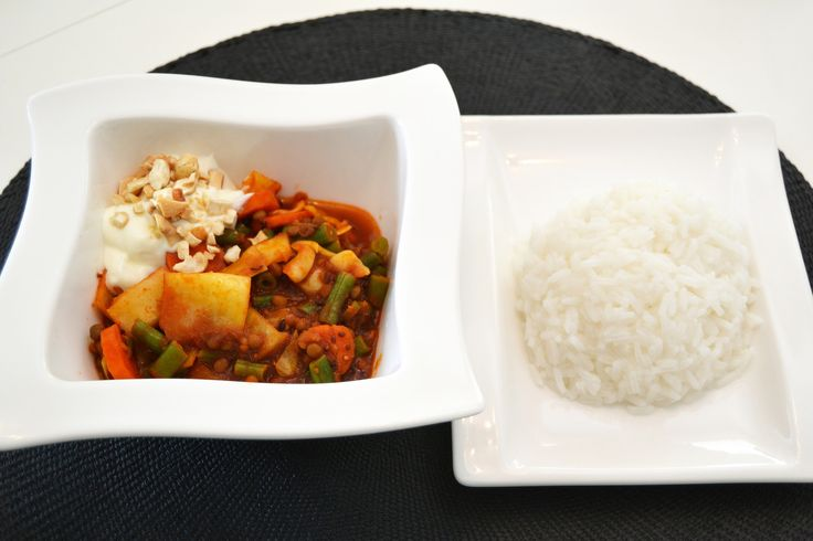 Cumin sautéed Indian masala with ginger and cashew nuts