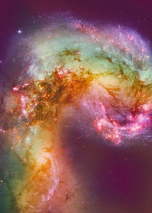 Too gorgeous! Everlasting light.. Cosmic beauty. Galaxy. Star dust.