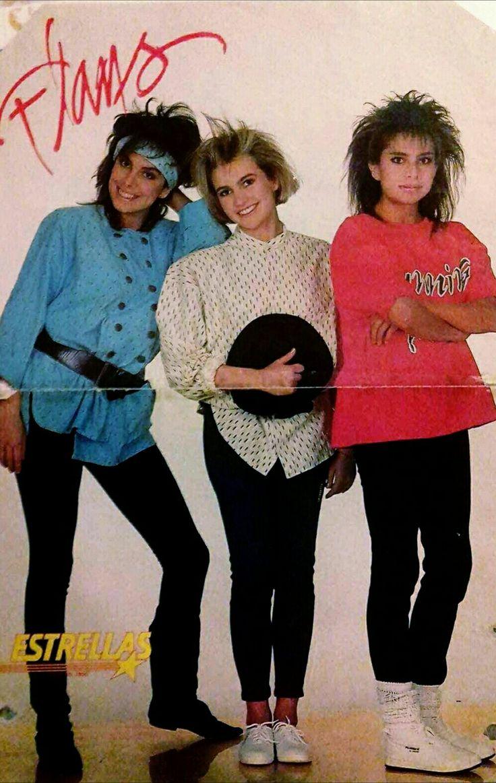 """""""Flans"""" grupo esencial de la música en español en México en los 80s.  Flans Ilse,Ivonne y Mimi 80s 80's Fashion 1985  Flans es un trío de música pop mexicano  Vogue 80's , Mode  80s"""