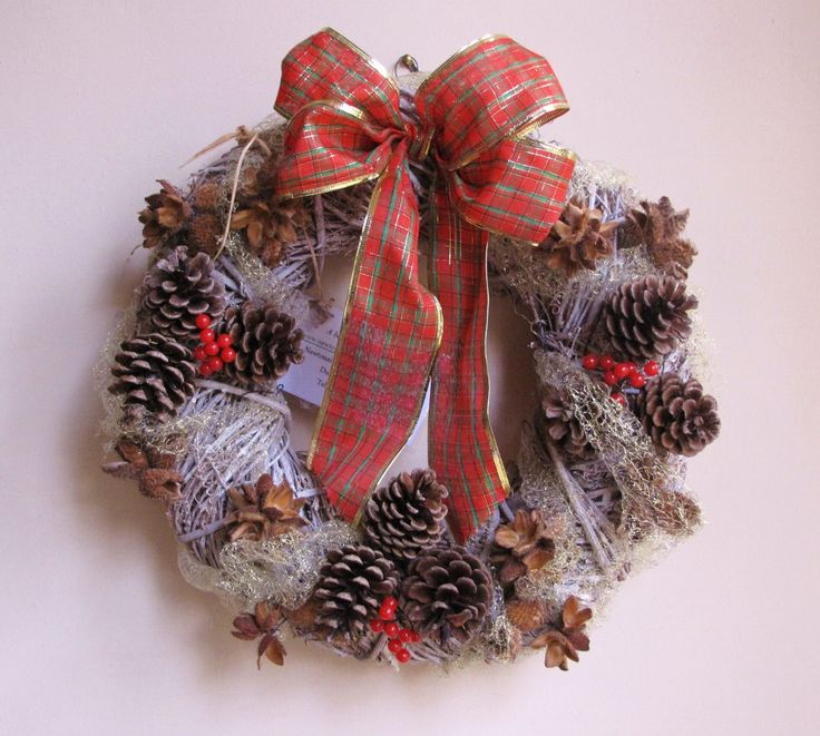 Wicker Christmas wreath with natural pine cones and red tartan ribbon. by HostasAndGarden on Etsy