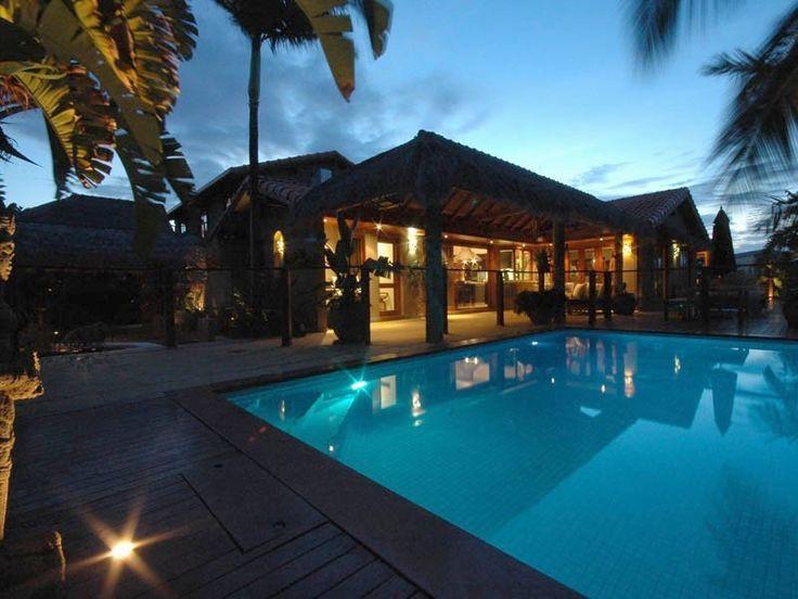 TUSI TALA Pool by night