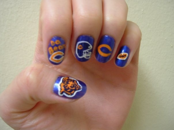 Best 25 chicago bears nails ideas on pinterest chicago bears freehand chicago bears nail art football prinsesfo Images