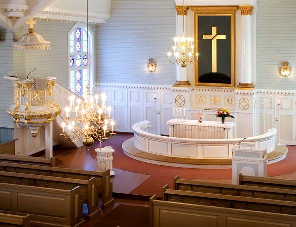 Jurvan kirkko sisältä.