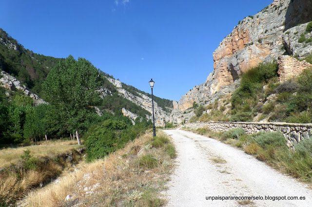 Un país para recorrérselo: Ruta del Barranco de la Hoz, Calomarde, Sierra de ...