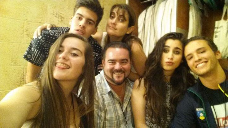 Family photo of the musician famous for Fifth Harmony.