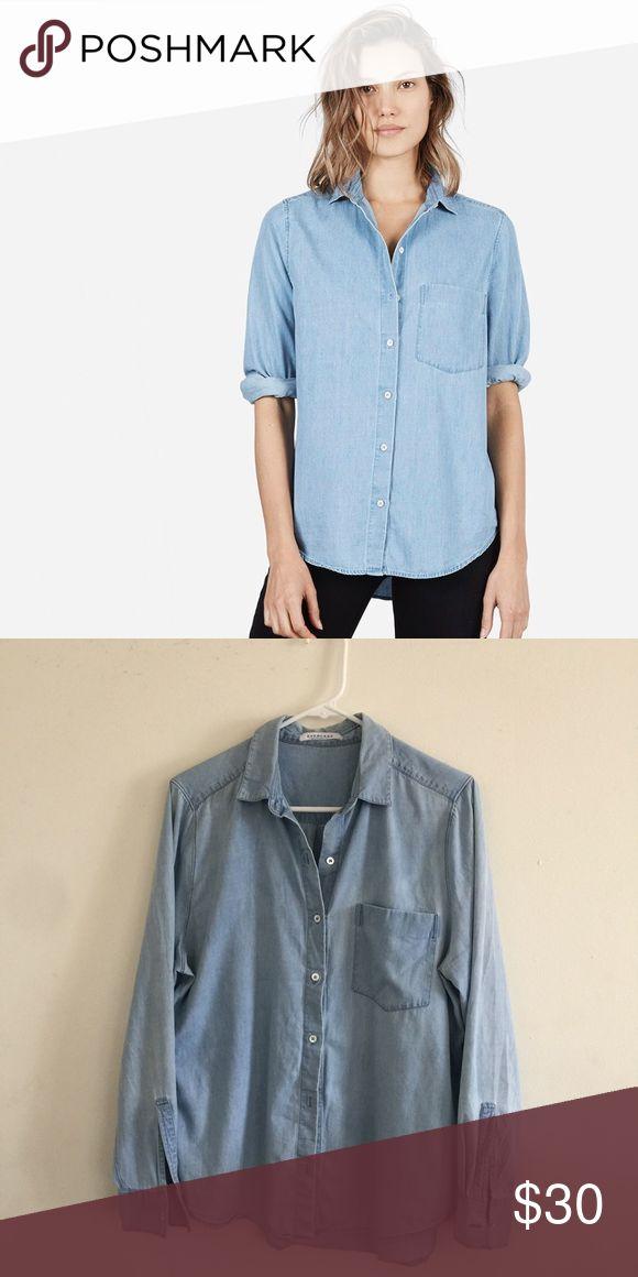 Everlane Long Sleeve Light Denim Shirt 100% long sleeve light denim shirt from a limited collection. Only worn a few times. Everlane Tops Button Down Shirts