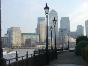 Thames Path east: Canary Wharf