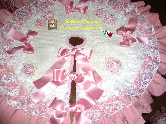 Pink Shabby-chic tree skirt with combine tree topper