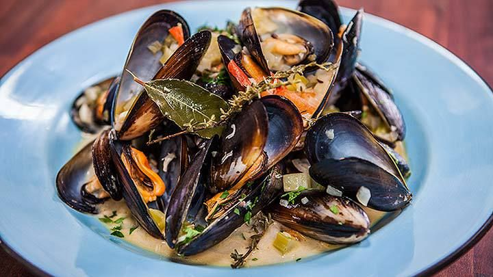 Mussels Mariniere Recipe from Everyday Gourmet with Justine Schofield