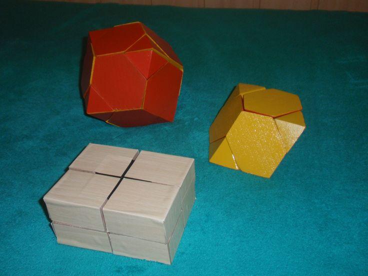 Toto sú tvarové a farebné úpravy Rubikovej kocky  2x2x2 a Rubikovho hada