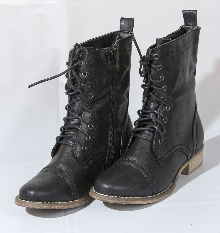 PREPPY: Lace-up black boots by Steve Madden, $59.99 at swhshoes.com. Enter to win a $ 500 shopping spree with @TheProvince and Brentwood Town Centre: http://theprov.in/pinandwin #backtoschool  These boots have a great rugged look to them. They look so durable that I would buy a pair and they would last forever. Love it!