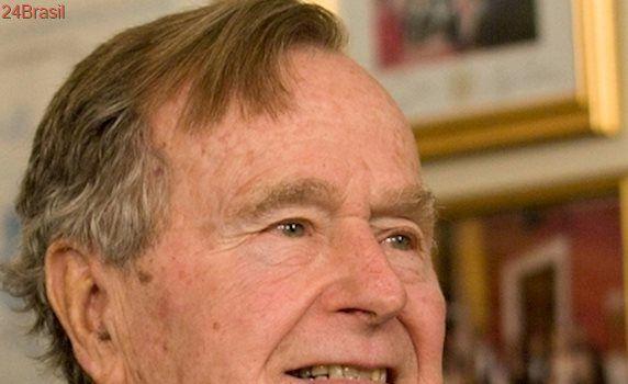 Ex-presidente dos EUA George Bush pai é hospitalizado, diz mídia