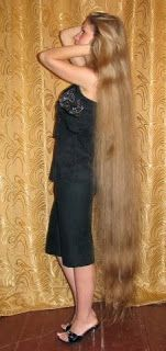 floor length blonde hair - photo #12