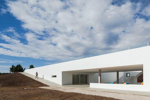 Pe no Monte - Turismo Rural / [i]da arquitectos