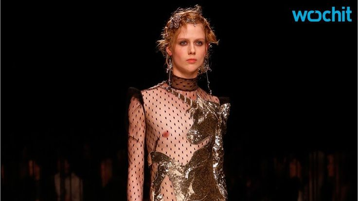 Alexander McQueen Unicorn Collection Dazzles The London Runway